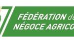 Crise agricole et polémique sur les pesticides : les 6 idées reçues du Ministre Stéphane Le Foll