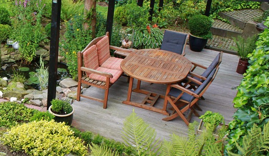 conseils pour bien choisir son salon de jardin bergon nature jardin. Black Bedroom Furniture Sets. Home Design Ideas